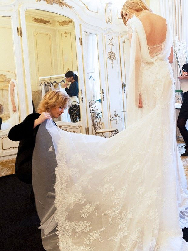 Wedding Gown Shopping: The Number One Question Every Bride Asks ...