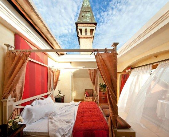 Unique Honeymoon Suites