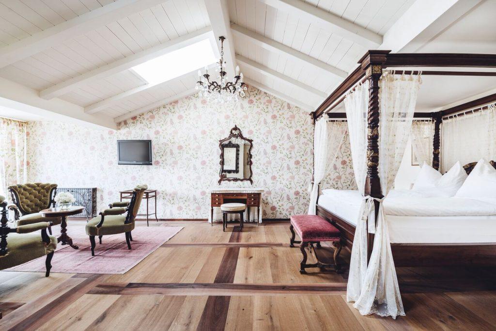 Unique Honeymoon Suites Dolomites