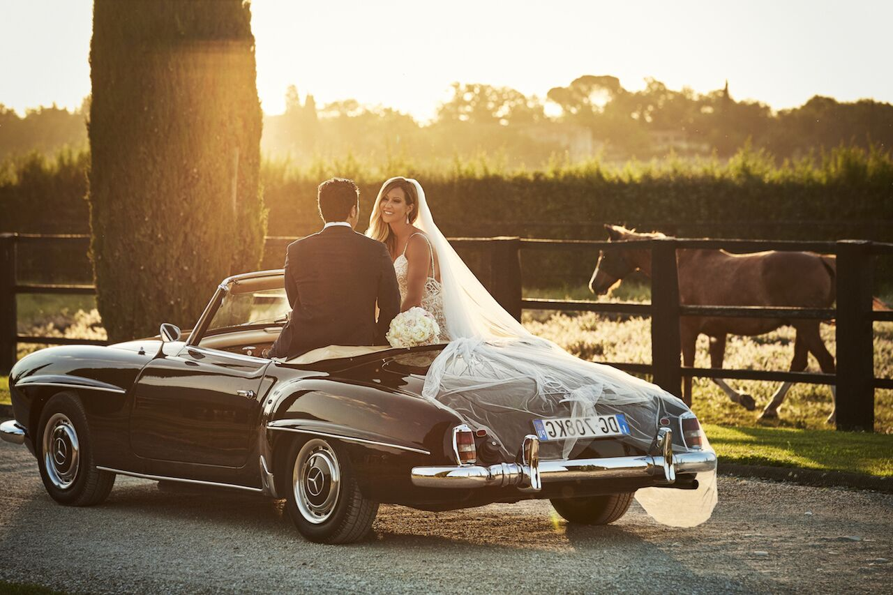 Six Awesome Wedding Getaway Car Ideas | Wedaways